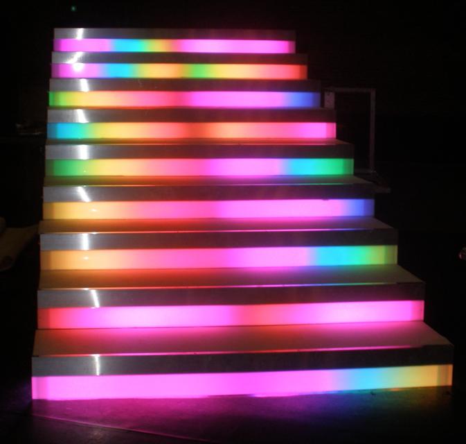 Verlichte showtrap - Bright Light Theatertechniek Bright Light ...